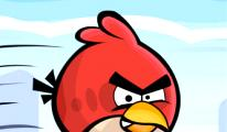 Angry Birds Friends geliyor